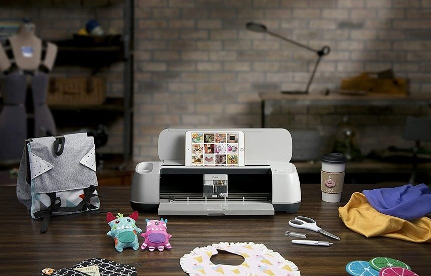 6 Best Fabric Cutting Machines for Scrapbooking, Quilting, and So Much More!