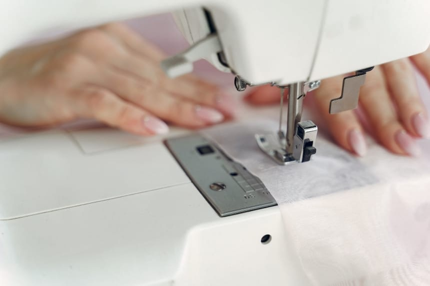 6 Best Sewing Machines Under $300 - Professional Results at an Affordable Price!