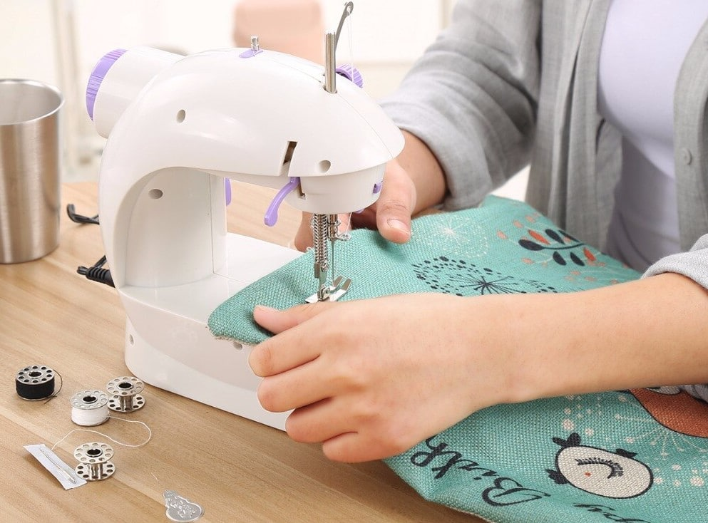 6 Affordable Sewing Machines Under $200 to Help You Practice and Master Sewing