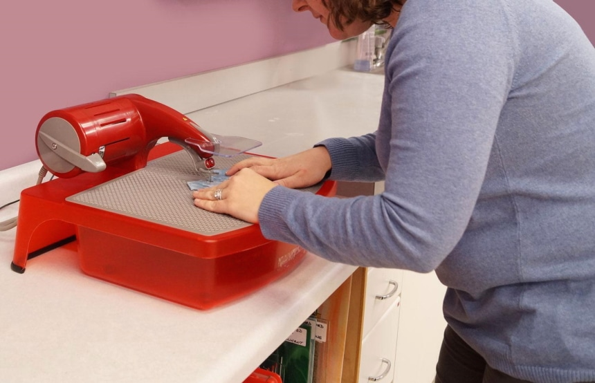5 Best Glass Saws - Safe and Easy to Use!