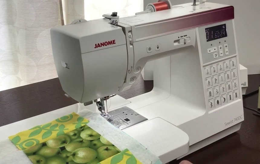10 Awesome Janome Sewing Machines - Elegant Device for Beginners and Pros
