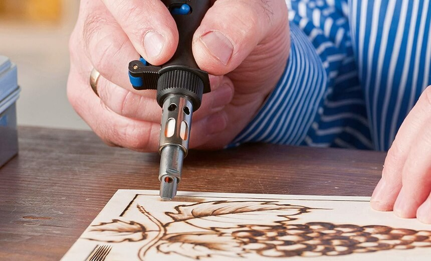 10 Outstanding Wood Burning Tools to Become a Pyrography Master