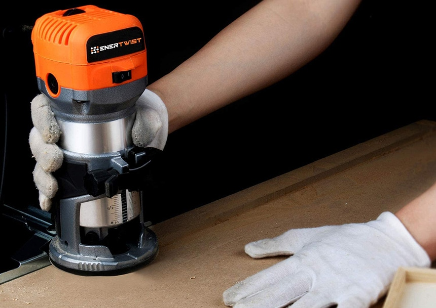 8 Best Wood Routers for Beginner Woodworkers - Create the Most Beautiful Patterns!