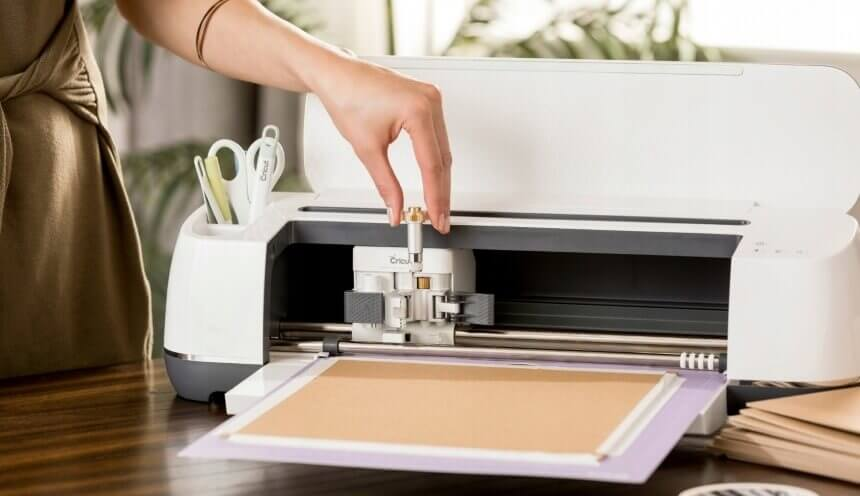 5 Best Vinyl Cutters for Mac - Get the Best Quality Cutouts!