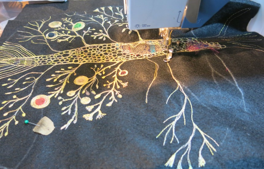 How to Embroider with a Sewing Machine - Use Its Potential to the Fullest
