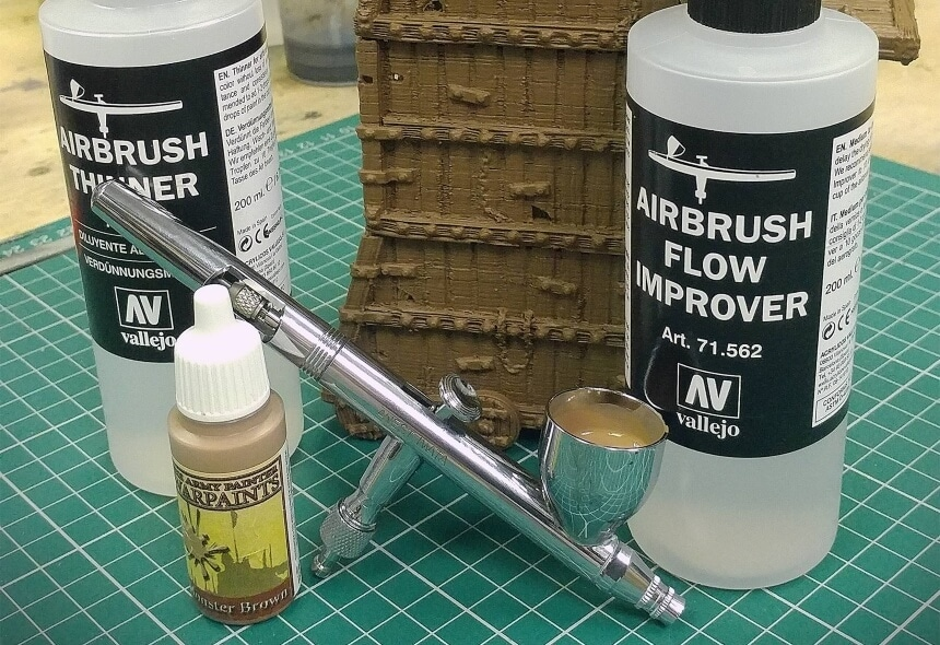 How to Thin Acrylic Paint for Airbrush: 4 Methods for Any Occasion